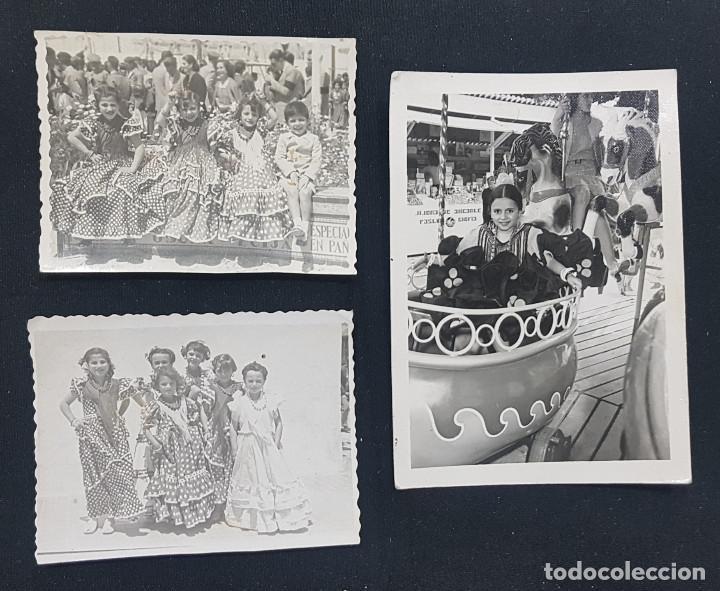 LOTE 3 FOTOGRAFÍAS GRUPO NIÑAS CON TRAJE FLAMENCO, SEVILLANAS, TIOVIVO, ATRACCIÓN FERIA (ECIJA) (Fotografía - Artística)