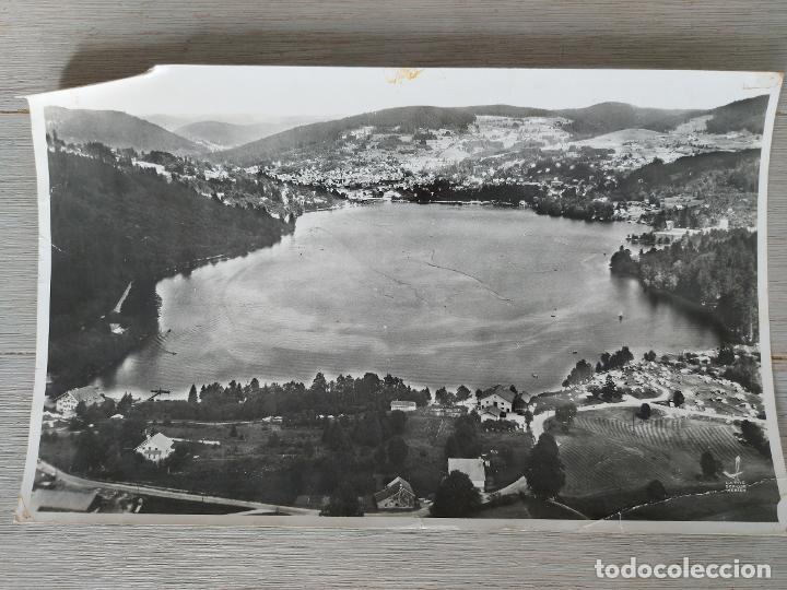 ANTIGUA Y PRECIOSA FOTOGRAFIA AÉREA DE FRANCIA LE LAC - LAC DE GERARDMER VOSGES CENTRALES - AÑO 1958 (Fotografía - Artística)