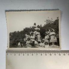 Fotografia antica: FOTO. CAMPAMENTO FEMENINO DEL F. J. CASILDA CASTELLVI. TALES. CASTELLÓN. FOT. GIL ROCA. 27 JUL.1941.. Lote 244890930