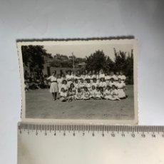Fotografia antica: FOTO. CAMPAMENTO GARABITAS O.J.FEMENINA. TALES. CASTELLÓN. FOT. GIL ROCA. 26 JUL.1940.. Lote 244893470
