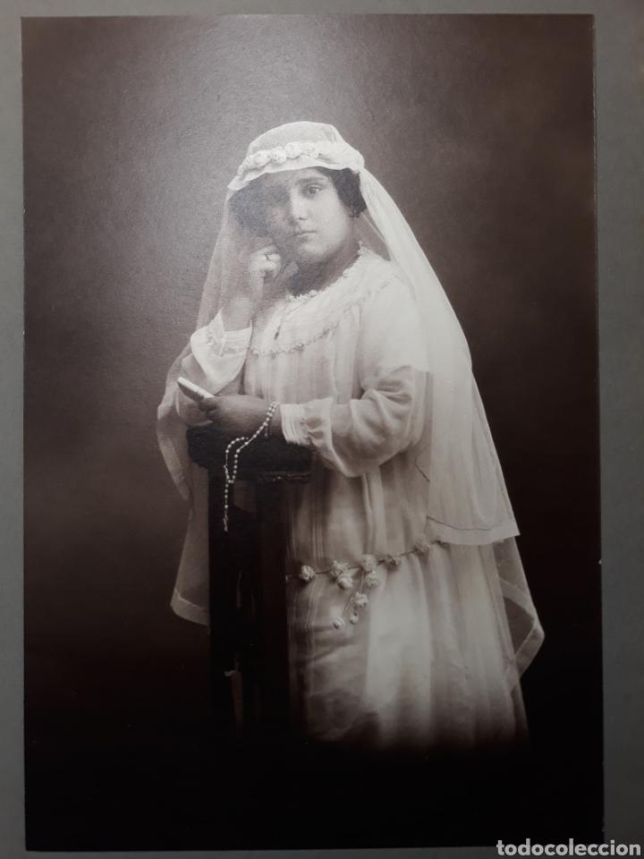ANTIGUA FOTO NIÑA DE PRIMERA COMUNIÓN. AÑOS 20. FOTÓGRAFO A.ESPLUGAS. BARCELONA (Fotografía - Artística)