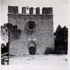 Fotografía antigua: F-5018. SANT MARTÍ D'EMPURIES (GIRONA). IGLESIA PARROQUIAL GÓTICO TARDIO. AÑOS 60.. Lote 245501610
