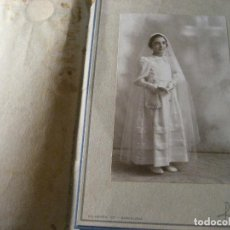 Fotografía antigua: ANTIGUA FOTOGRAFIA FOTO NIÑA RECUERDO PRIMERA COMUNION .. FOTOGRAFO RAMOS BARCELONA 1939. Lote 245740310
