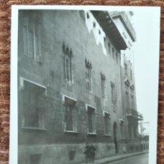 Fotografia antiga: VALENCIA - CALLE CABALLEROS - PALACIO DE LA GENERALITAT. Lote 247961935
