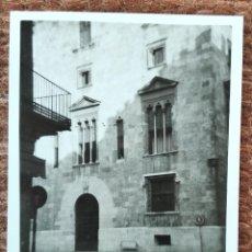 Fotografia antiga: VALENCIA - CALLE CABALLEROS - PALACIO DE LA GENERALITAT. Lote 247962690