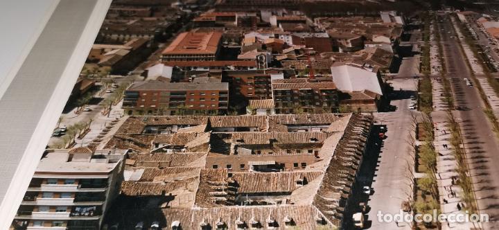 Fotografía antigua: FOTOGRAFIA AEREA ARANJUEZ(MADRID) AÑOS 70 PAISAJES ESPAÑOLES AÑO 1978. 40X30 cm MARCO 40X50CM - Foto 4 - 248225095