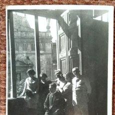 Fotografia antiga: VALENCIA - FRENTE A LA IGLESIA DE SANTOS JUANES. Lote 248415040