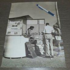 Fotografía antigua: FOTO ORIGINAL AÑOS 50. COSTA BRAVA. GRAN FORMATO. FOTÓGRAFO J.MARTÍN. Lote 251980110