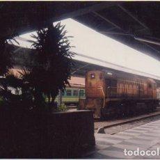 Fotografía antigua: FOTOGRAFIA DE TRENES. ESTACION SIN IDENTIFICAR. 14,8X10 CM. FOTOTREN-022. Lote 255940555