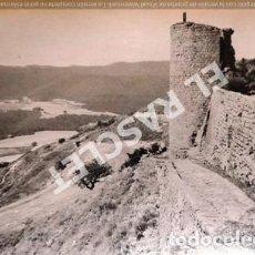 Fotografía antigua: ANTIGÜA FOTOGRAFIA EN BLANCO Y NEGRO DE CARDONA DE MEDIDAS 12,5 CM. X 9 CM.. Lote 261600880