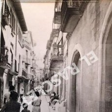 Fotografía antigua: ANTIGÜA FOTOGRAFIA EN BLANCO Y NEGRO DE CARDONA DE MEDIDAS 12,5 CM. X 9 CM.. Lote 261600985