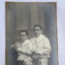 Fotografia antica: FOTOGRAFÍA ANTIGUA DE ESTUDIO, UNA PAREJA DE NIÑOS COMUNIÓN, VER FOTOS. Lote 262777605