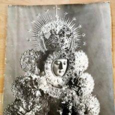 Fotografía antigua: ESPECTACULAR FOTOGRAFIA DE LA VIRGEN DEL ROCIO, ENORME, 45X60 CMS. Lote 268587894