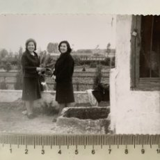 Fotografía antigua: FOTO. EXCURSIÓN POCITO DE MISLATA. VALENCIA. FOTÓGRAFO?. FECHA, 12 ABRIL 1964.. Lote 269462268
