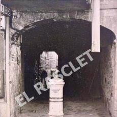 Fotografía antigua: ANTIGUA FOTOGRAFIA DE CARDONA - EN BLANCO Y NEGRO - 17.5 CM DE ALTA X 12.5 CM ANCHA -. Lote 270260058