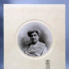 Fotografía antigua: FOTOGRAFÍA RETRATO DAMA TONDO KAULAK MADRID DEDICADA 1910. Lote 275520598