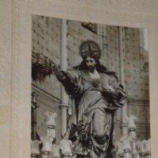 Fotografía antigua: ANTIGUA FOTOGRAFÍA RELIGIOSA - JESÚS EN TRONO, INTERIOR IGLESIA - MIRA FOTOS Y DETALLES!. Lote 277524128