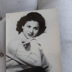 Fotografía antigua: ANTIGUA FOTOGRAFÍA CON AUTÓGRAFO DE CARMEN FLORES. Lote 278354828