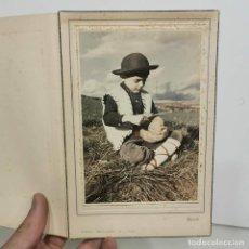 Fotografía antigua: FOTOGRAFIA - NIÑO EN EL CAMPO - FOTOGRAFO BACH. VICH - AÑOS 60 - 19 X 12,5 CM / 56. Lote 279402428