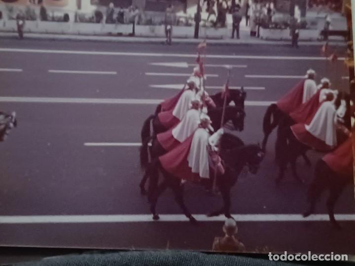 Fotografía antigua: Antiguo INEDITO álbum 12 fotos franco y reyes desfile en madrid - Foto 3 - 287068268