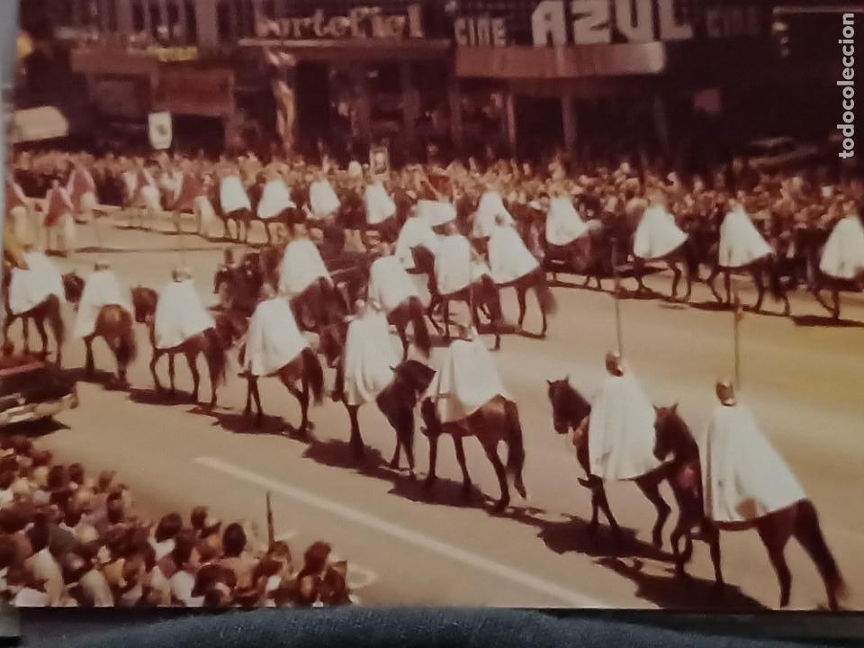 Fotografía antigua: Antiguo INEDITO álbum 12 fotos franco y reyes desfile en madrid - Foto 4 - 287068268