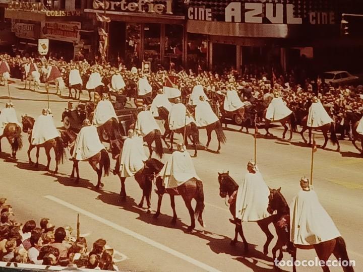 Fotografía antigua: Antiguo INEDITO álbum 12 fotos franco y reyes desfile en madrid - Foto 13 - 287068268