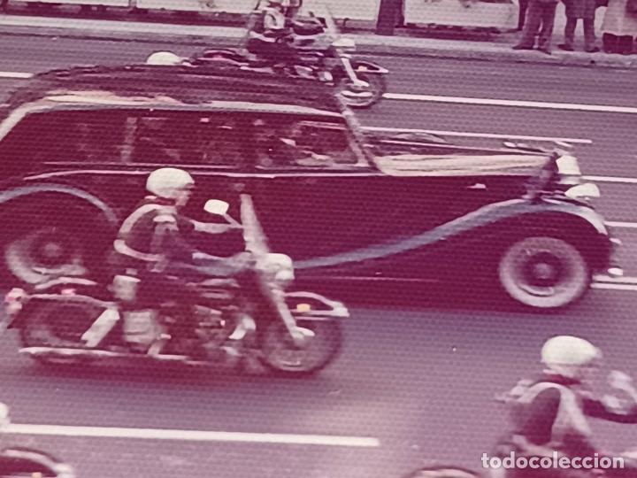 Fotografía antigua: Antiguo INEDITO álbum 12 fotos franco y reyes desfile en madrid - Foto 18 - 287068268