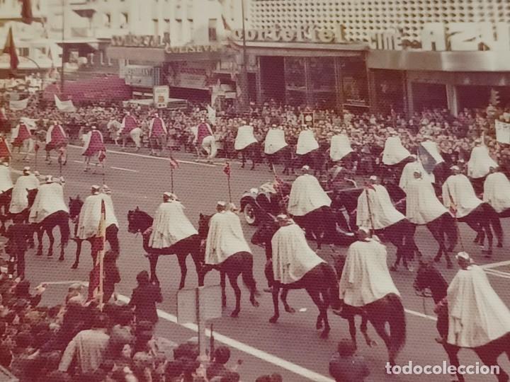 Fotografía antigua: Antiguo INEDITO álbum 12 fotos franco y reyes desfile en madrid - Foto 23 - 287068268