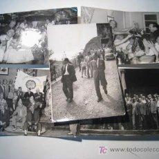 Coleccionismo deportivo: LOTE 5 FOTOGRAFIAS AGRUPACION VETERANOS FUTBOL BARCELONA 1959. Lote 13934125