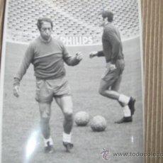 Colecionismo desportivo: GRAN FOTO ORIGINAL DE EPOCA. FUTBOL. AÑOS 70. REAL MADRID. GENTO. Lote 26371970