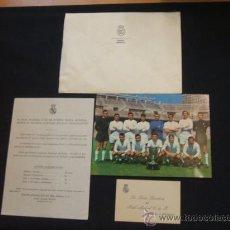 Colecionismo desportivo: REAL MADRID C.F. - SOBRE DE LA ENTIDAD + TARJETA + POSTAL CAMPEON LIGA 1966 + PROPAGANDA REVISTA. Lote 29053968