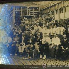 Coleccionismo deportivo: LIBRO ALBUM RECUERDO OLIMPIADA AMSTERDAM 1928 JUEGOS OLIMPICOS ,11 FOTOGRAFIAS ORIGINALES , LEER . Lote 30127555