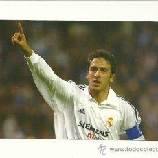 Coleccionismo deportivo: FOTO Nº55 RAUL CELEBRACION - FOTO 10X15 COLECCION REAL MADRID MAGIC BOX 2002-2003 . Lote 31071655