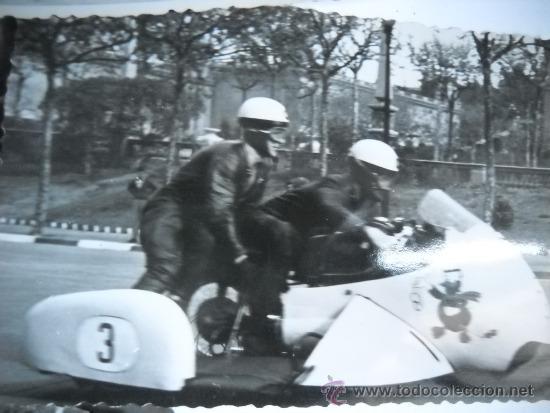 Coleccionismo deportivo: CARRERAS DE MOTOCICLISMO - 15 FOTOGRAFIAS - MONTJUIC - 1950-1960'S - Foto 3 - 31703921
