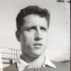Coleccionismo deportivo: NASTIC. TARRAGONA. FOTOGRAFIA ORIGINAL. JUGADOR JUAREZ. 1961. Lote 36418234
