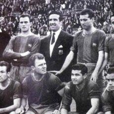 Coleccionismo deportivo: FOTOGRAFÍA. DEPORTIVA. FUTBOL CLUB BARCELONA. PLANTILLA CON KUBALA. Lote 37652776
