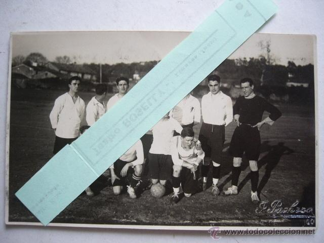 POSTAL FOTOGRAFICA DE EQUIPO DEFUTBOL. FOTO. F. PACHECO. VIGO. AÑOS 20-30. (Coleccionismo Deportivo - Documentos - Fotografías de Deportes)