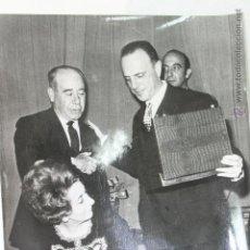 Coleccionismo deportivo: MANUEL FRAGA Y EL MARQUES DE BOLARQUE FEDERACION DE GOLF, CLUB PUERTA DE HIERRO 1964. Lote 46243243