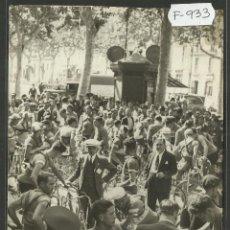 Coleccionismo deportivo: CICLISMO - VOLTA CICLISTA A CATALUNYA AÑO 1935 - FOTOGRAFIA BADOSA - MIDE 11,5 X 17 CM. - (F-933). Lote 47147052
