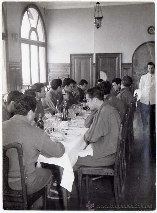 Coleccionismo deportivo: FC BARCELONA. Barça. Liga 1958-59. 9 Fotos ORIGINALES.de una concentración. 18 x 13 ctms. - Foto 7 - 48810712