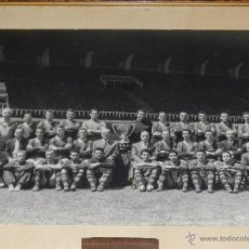 Coleccionismo deportivo: FC BARCELONA - GRAN FOTOGRAFIA ORIGINAL DE LA PLANTILLA DEL FC BARCELONA, KUBALA, CESAR, RAMALLETS. Lote 49228758