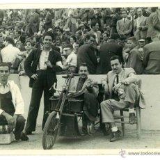 Coleccionismo deportivo: FOTOGRAFIA CAMPO DE SARRIA. ESPAÑOL BARCELONA FOTO CATALAN SEPTIEMBRE 1947 FUTBOL. Lote 49287210
