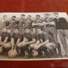 Coleccionismo deportivo - ALINEACIÓN F.C.BARCELONA 61-62 FOTO (10 X 15 CM) - 49376588