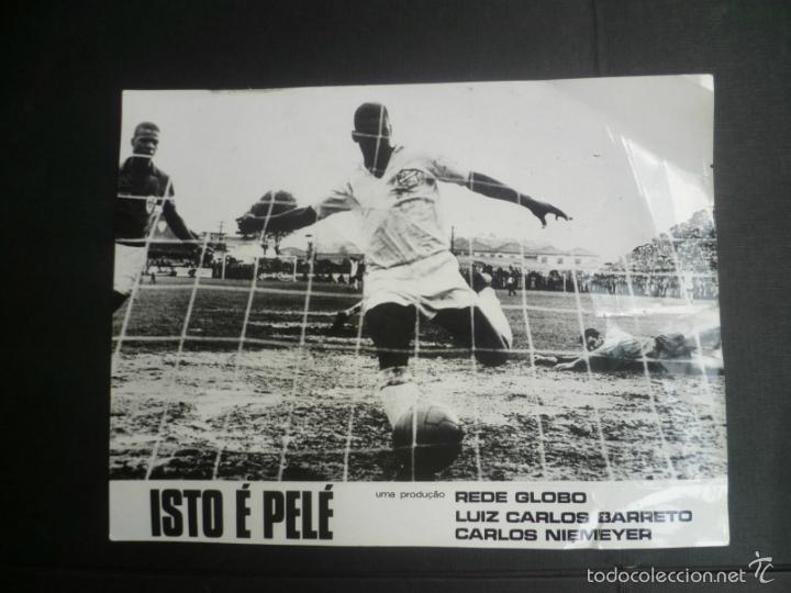 IMAGEN FOTOGRÁFICA (FOTOCROMO) DOCUMENTAL ISTO É PELÉ - 1974 - 24 X 18 CM (Coleccionismo Deportivo - Documentos - Fotografías de Deportes)