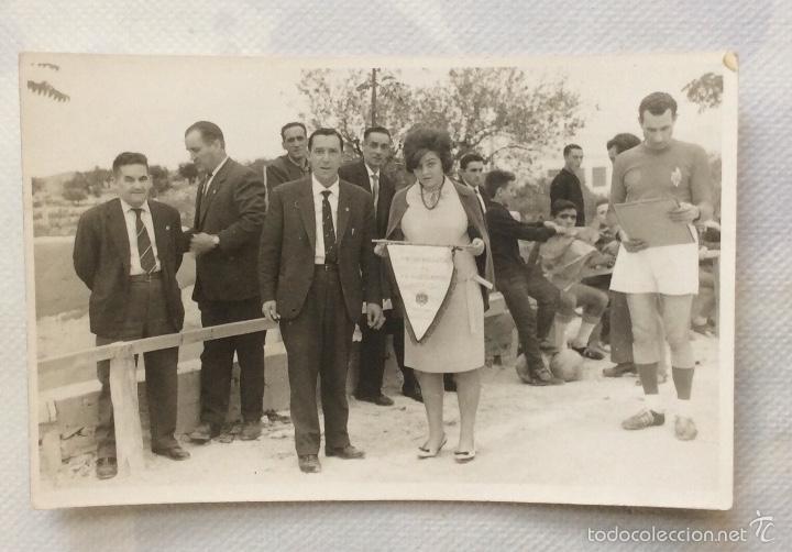 Coleccionismo deportivo: TRES FOTOGRAFÍAS FÚTBOL. DEPORTIVO ALBAIDENSE. ALBAIDA. VALENCIA. - Foto 3 - 59807260