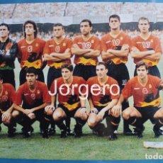 Coleccionismo deportivo: SELECCIÓN ESPAÑOLA OLÍMPICA. ALINEACIÓN CAMPEÓN JJ.OO.1992 EN EL CAMP NOU CONTRA POLONIA. FOTO. Lote 184377578