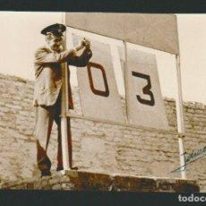 Coleccionismo deportivo: FOTOGRAFÍA DE FUTBOL.2ª DIVISIÓN TEMP.1962-63.AGRUPACION DEPORTIVA PLUS ULTRA-CÁDIZ C.F.FOTO JUMAN. Lote 73031623