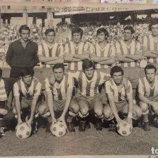 Coleccionismo deportivo: ANTIGUA FOTOGRAFIA.CORDOBA CLUB DE FUTBOL.PARTIDO SEVILLA-CORDOBA.1972.FOTO GRAPH STUDIO.. Lote 73598999