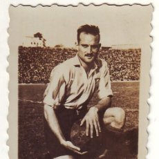 Coleccionismo deportivo: FOTOGRAFÍA DE RIERA DEL ATLETICO DE MADRID AÑOS 1940. Lote 74185767