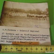 Coleccionismo deportivo: FOTO C.F. TORDERA - SELECCIÓN REGIONAL Y 3 JUGADORES DEL ESPAÑOL 1942. Lote 76715659
